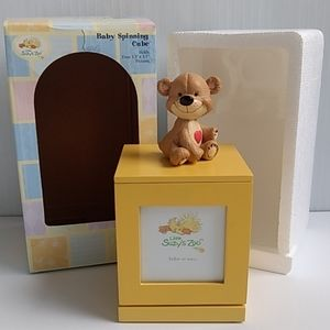 Little Suzy's Zoo Spinning Cube Baby Picture Frame